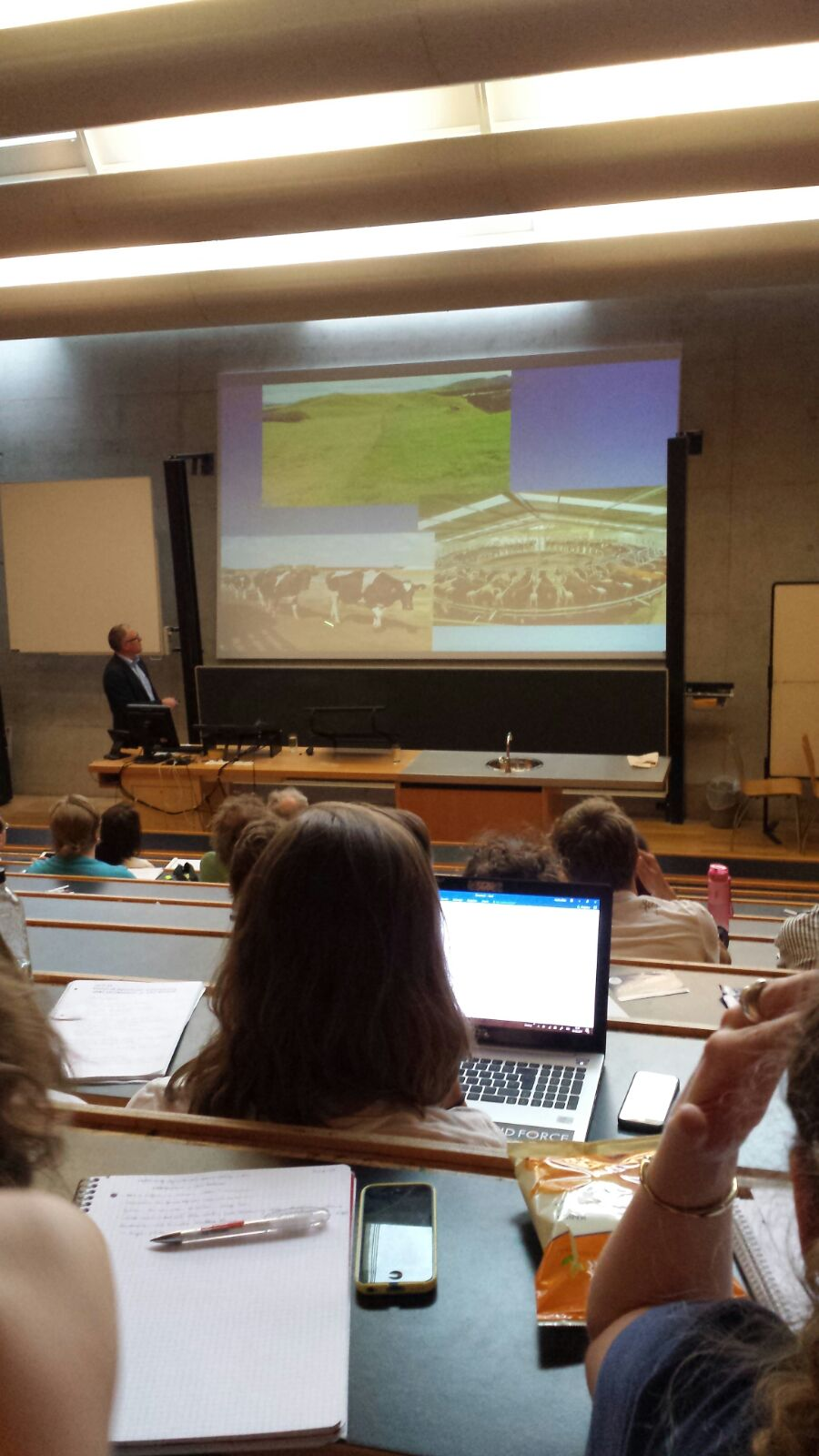Vortrag zur neoliberalen Transformation des Agrarsektors Neuseelands 1