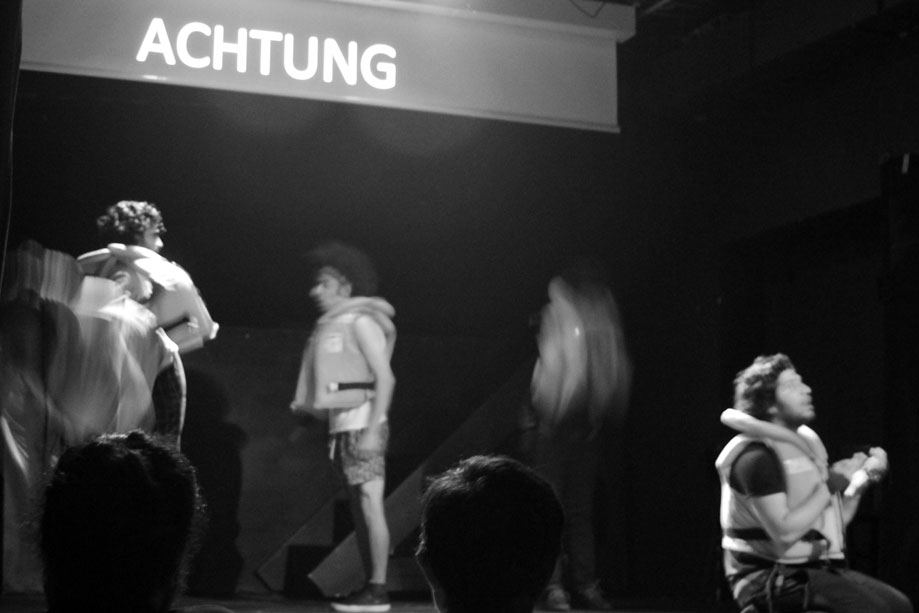 "Theaterstück ""ACHTUNG"" 2"