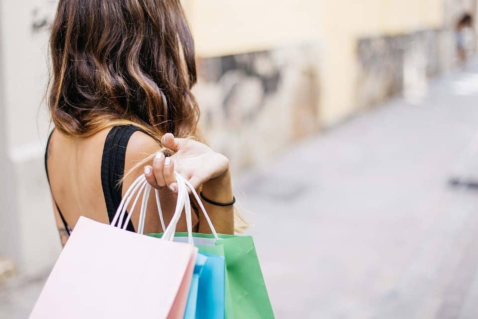 Kaufen ohne Ende? - Konsumkritische Stadtspaziergänge 107
