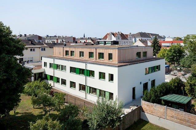 Haus des Lernens, das größte strohgedämmte Haus Österreichs in St Pölten besichtigen 108